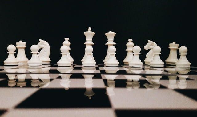 人工知能を活用したチェスゲームのイメージ