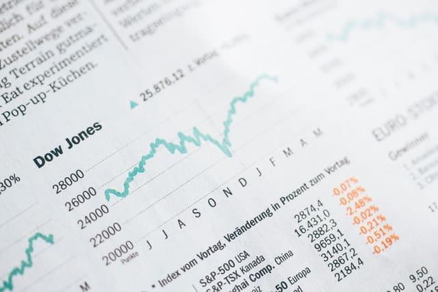 人工知能が利用されている株取引