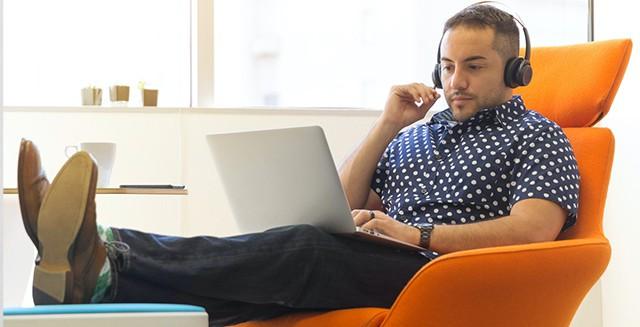 ウェビナーで効率的に学習を進めよう!AIエンジニアやプログラミングに活用できるウェビナーとは