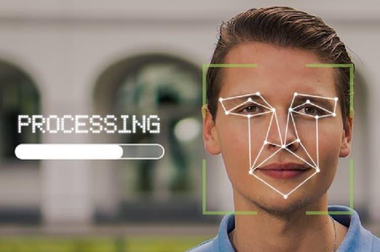 YOLOによる顔認証